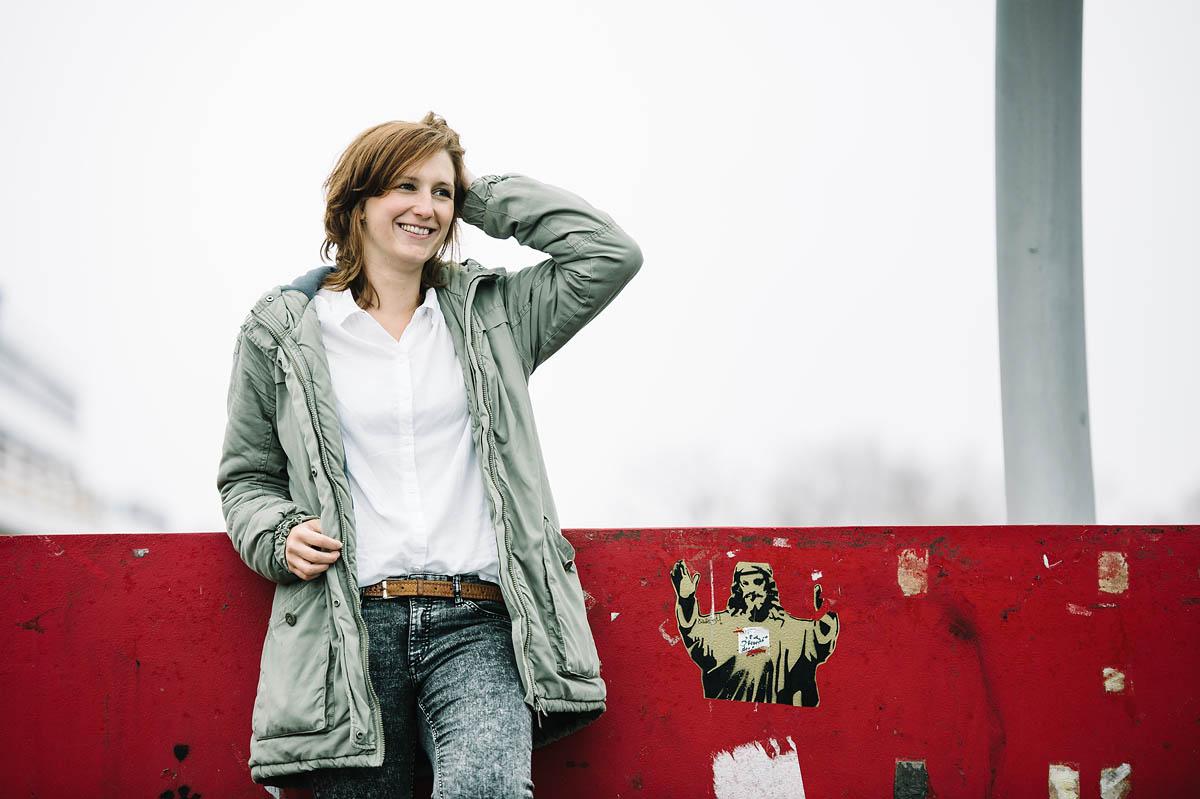 Portrait Sabrina aus Warendorf an der Uni Bielefeld