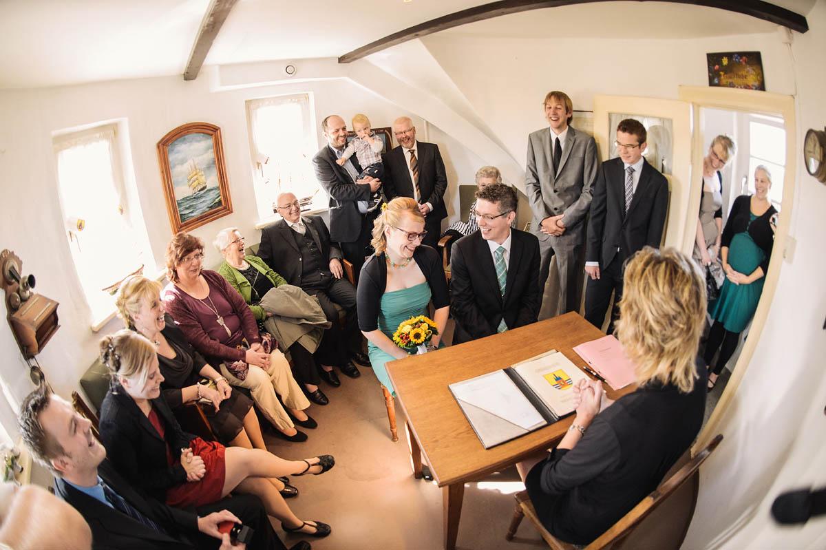 Hochzeitsreportage Wangerooge - standesamtliche Trauung im Alten Leuchturm