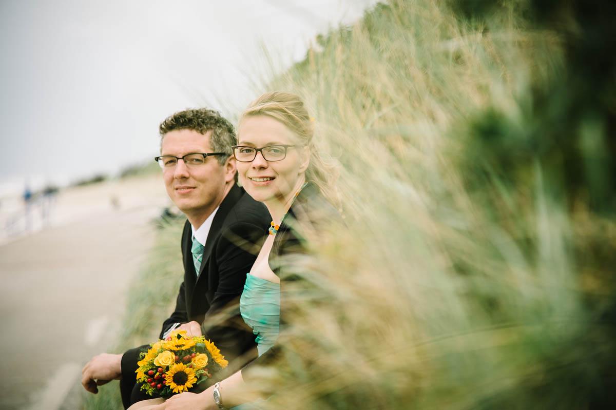 Brautpaar am  Strand auf Wangerooge