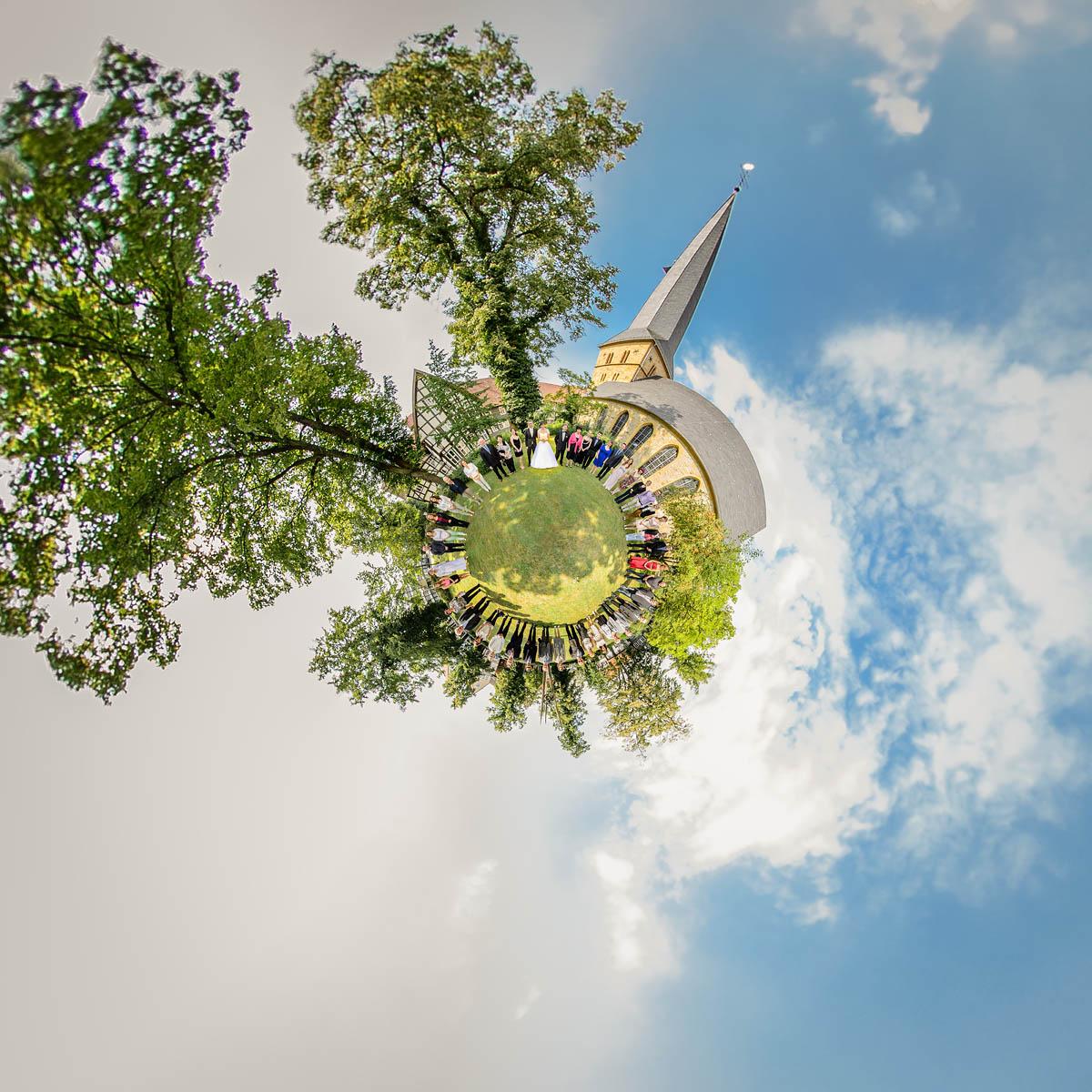 kleine Welt - Gruppenpanorama - Apostelkirche Gütersloh