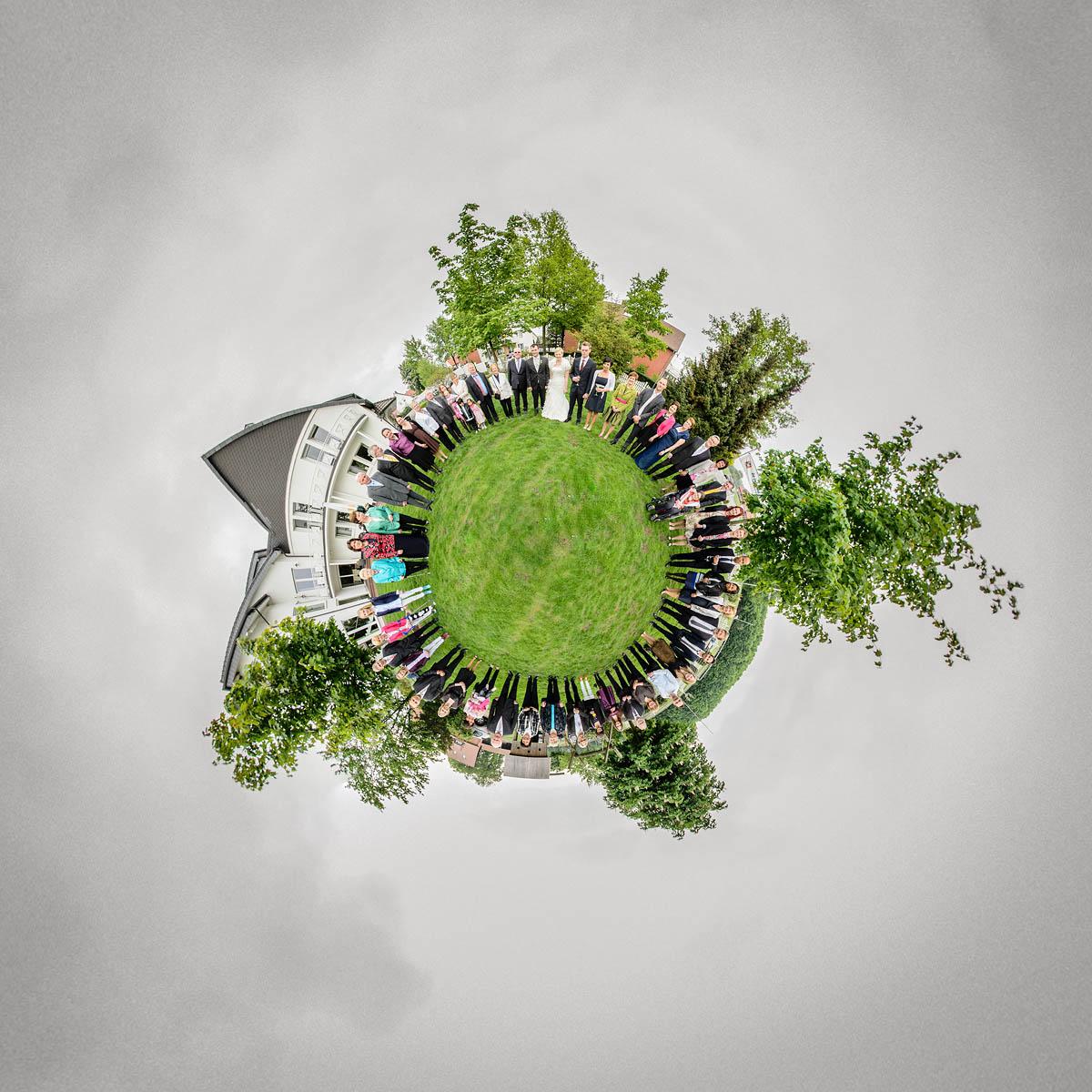 Gruppenfoto - kleine Welt